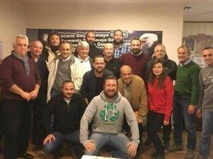 Fenerbahçeli Başkan, Beşiktaş forması giydi